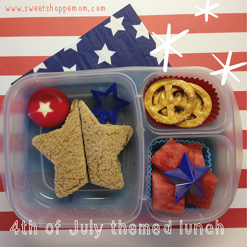 Fourth of July Themed Bento Lunches for the Kids