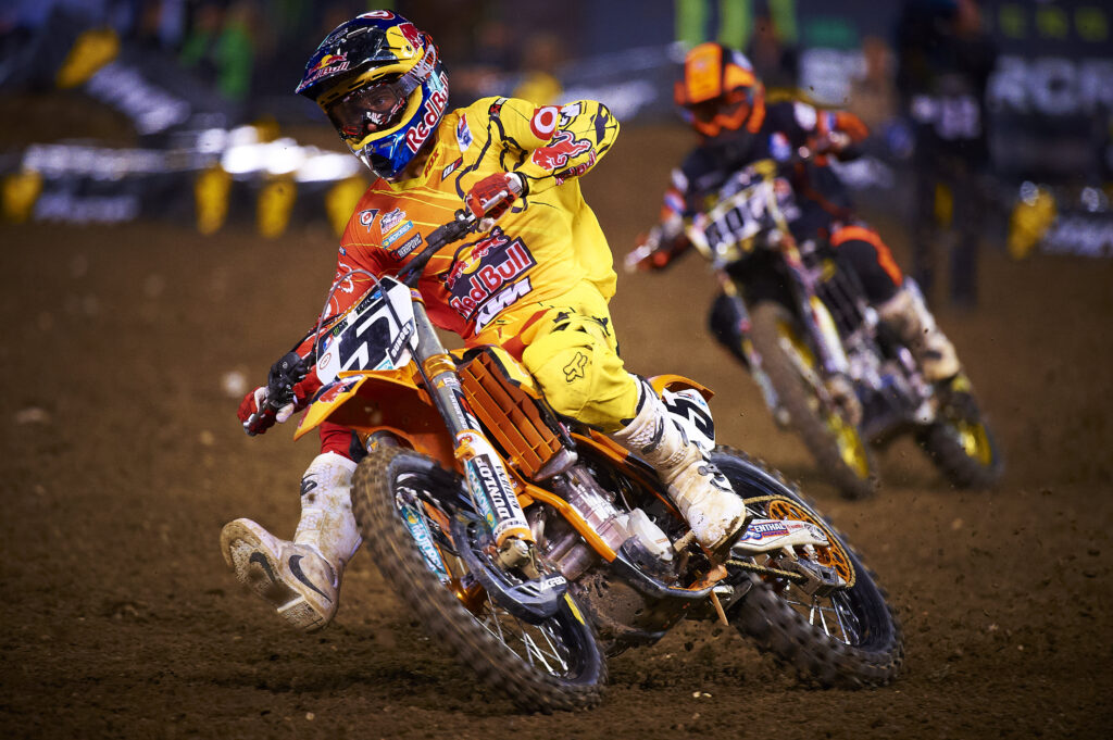 Supercross Comes to Phoenix January 28th, 2017 (plus discount code)