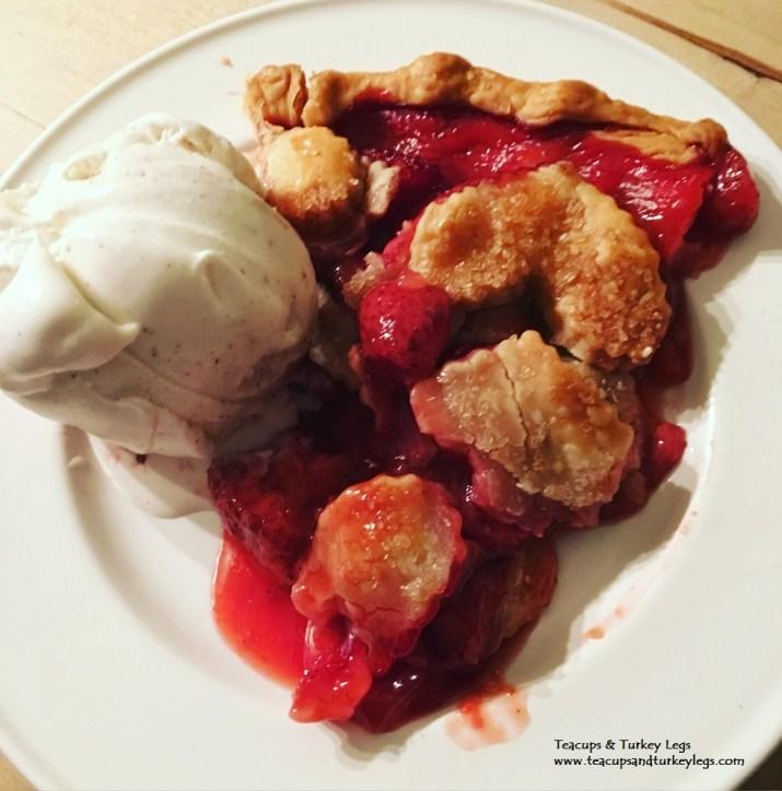 Disney Gals Strawberry Pie