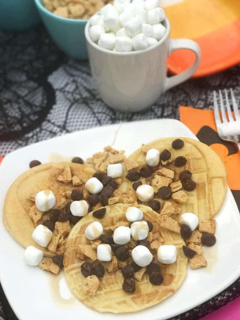 Lola Lambchops Star Wars Smores Pancakes